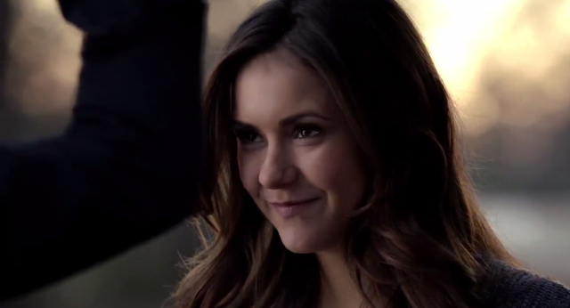File:Elena in 5x20.png