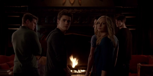 File:Stefan and caroline 5x15.png