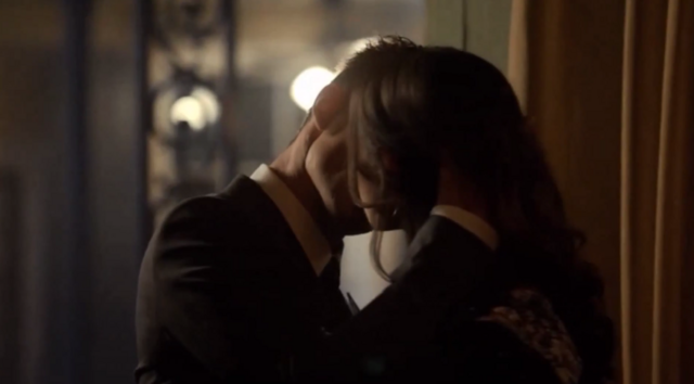 File:Haylijah kiss 1x21.png
