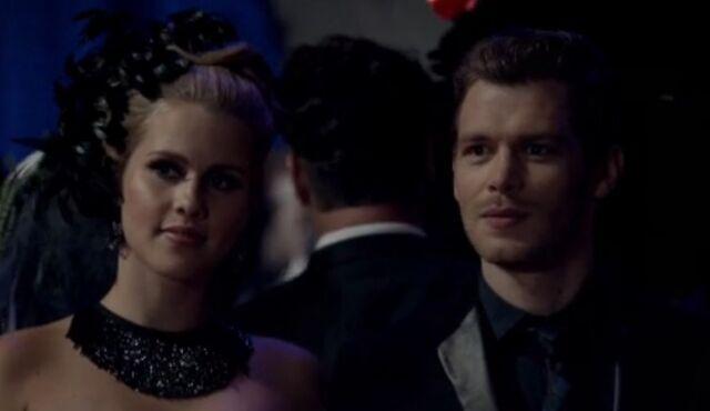 File:Klaus and Rebekah 2 TO 1x03.jpg