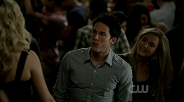 File:Caroline-Tyler-Lucy 3x1.png