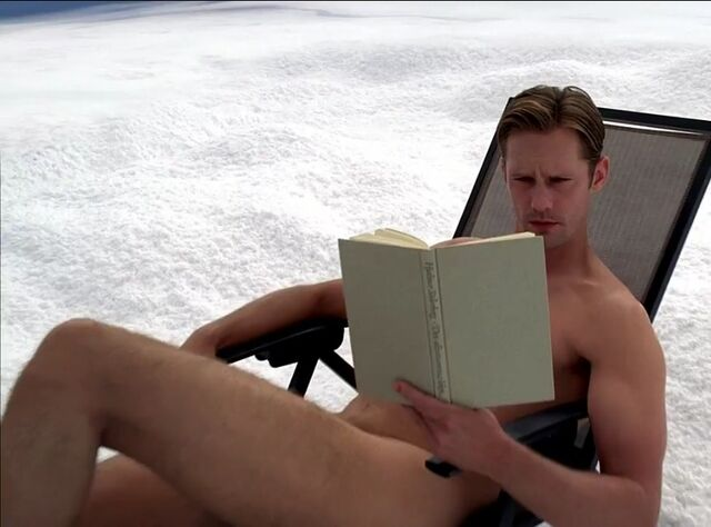File:2013-08-19-eric nude book.jpg