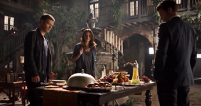 Klaus-Hayley-Elijah 2x03