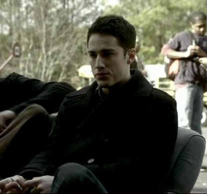 File:1X18 Tyler Lockwood Under Control.png