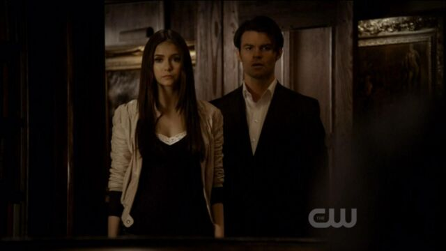 File:Elijah-and-Elena-in-Klaus-2x19-elijah-and-elena-21741446-1921-1080.jpg