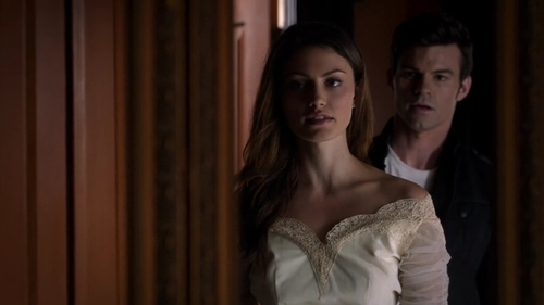 File:Hayley and Elijah 1x10..jpg