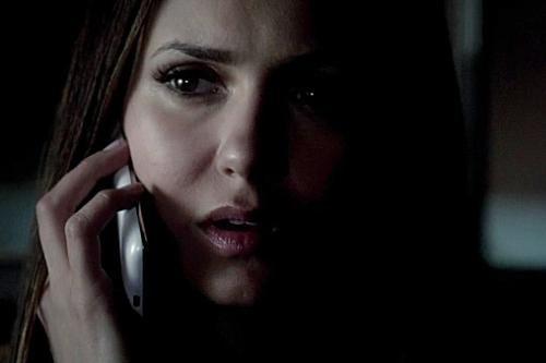 File:Elena talking to Damon.jpg