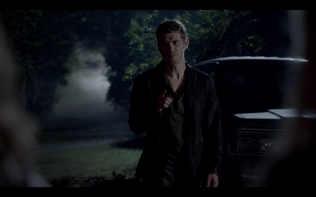 File:1x04-Protective Klaus.png