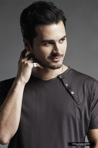 File:Michael Malarkey pic.jpg