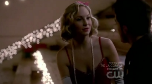File:Caroline and Tyler in 3x20.png