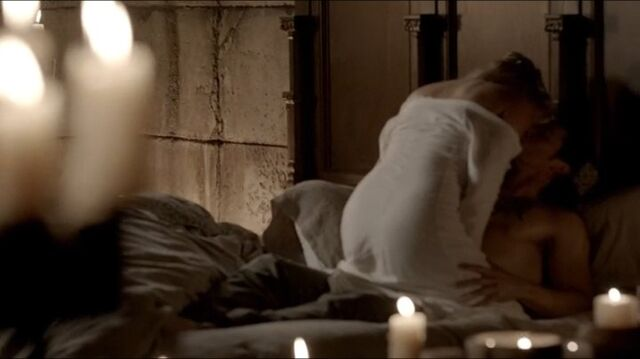File:Rebekah 4x04 (5).JPG