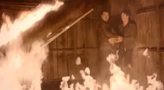 File:Enzo and Damon 5x20.png