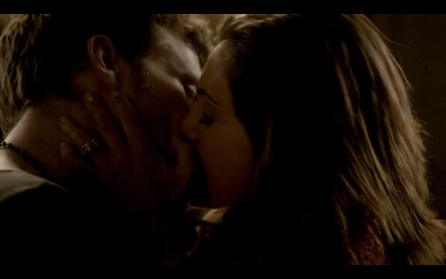 File:4x16-Klayley sex 5.png