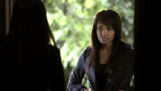 File:Bonnie - 1x21-1.jpg