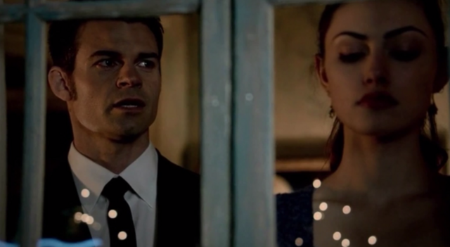 File:Hayley and Elijah 1x20...,.png