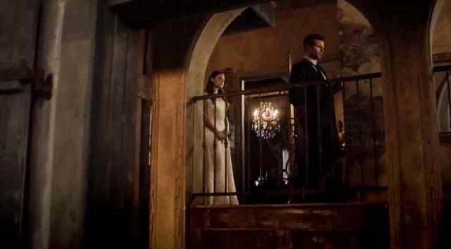 File:Hayley-Elijah in 2x14.png
