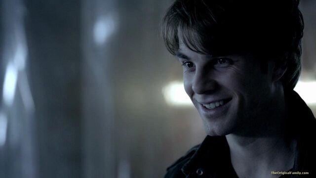 File:035-tvd-4x11-catch-me-if-you-can-theoriginalfamilycom.jpg