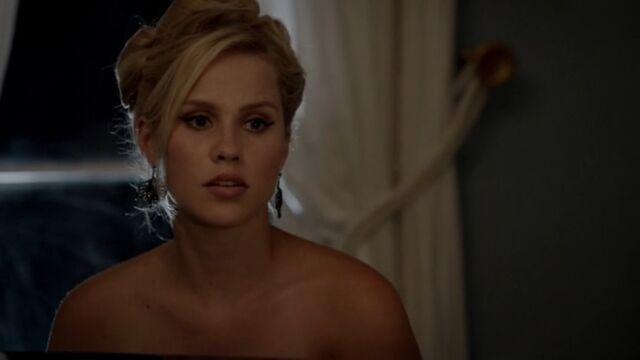 File:Rebekah 33 TO 1x03.jpg