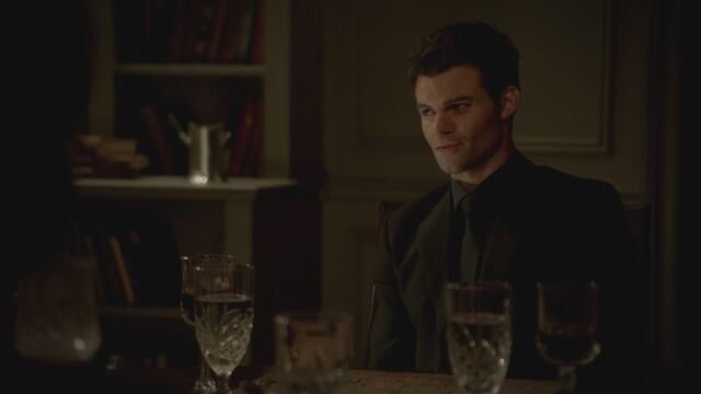 File:The-Vampire-Diaries-3x13-Bringing-Out-the-Dead-HD-Screencaps-elijah-28811905-1280-720.jpg