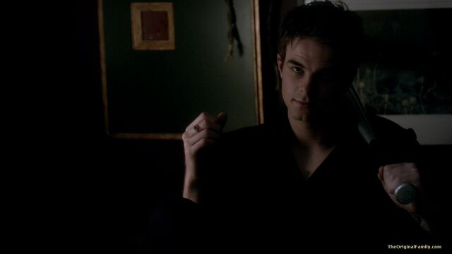 File:073-tvd-3x19-heart-of-darkness-theoriginalfamilycom.jpg