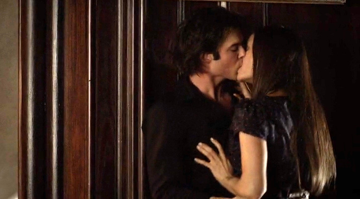 When do damon and elena first start dating