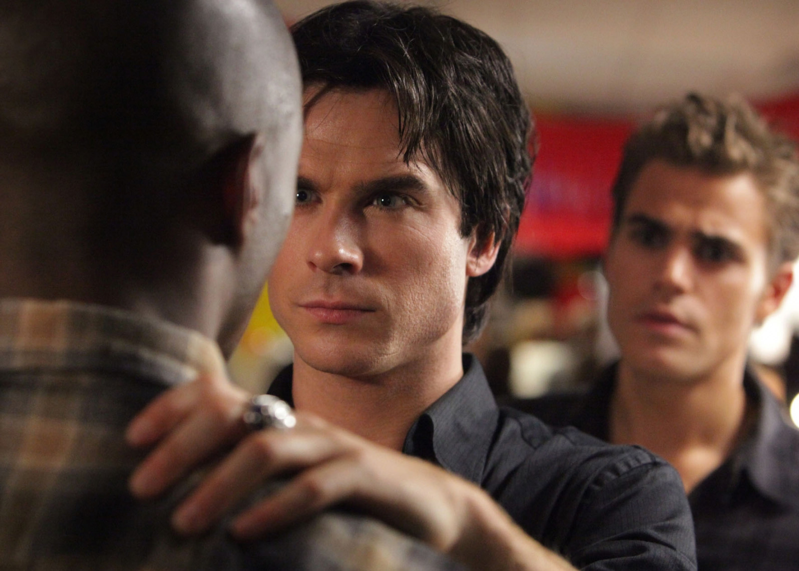 File:Vampire-diaries-season-2-brave-new-world-promo-pics-14.jpg