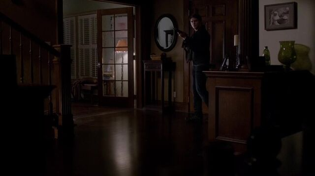 File:TVD4x12-Gilbert House 84.jpg