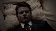 Elijah TO 1x03
