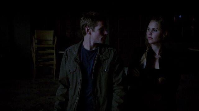 File:Ariane179254 TheVampireDiaries 4x22 TheWalkingDead 2827.jpg