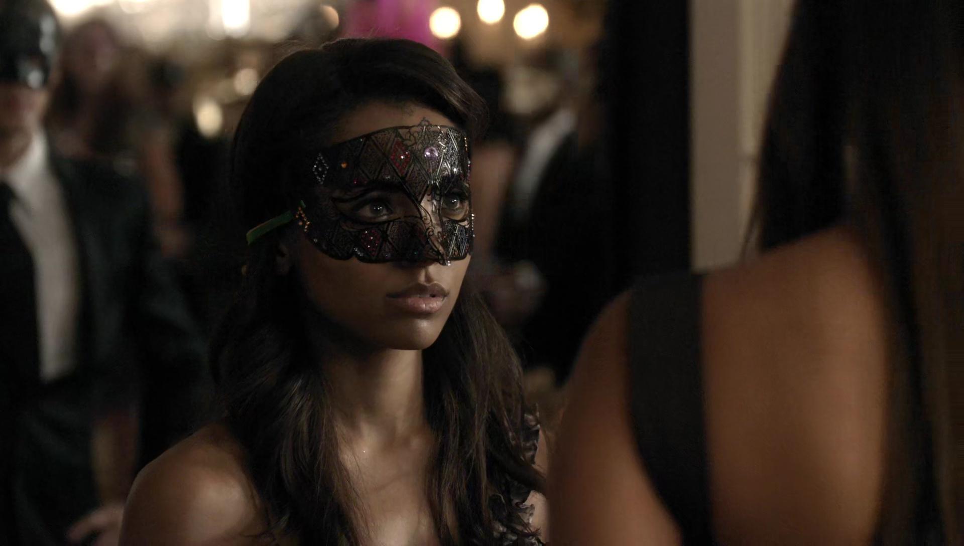 File:Bonnie Bennett Masquerade Ball.jpg