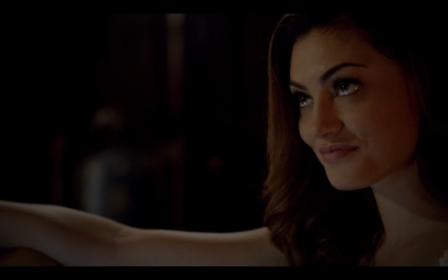 File:1x03-Klaus tell Hayley Elijah is returning 4.png