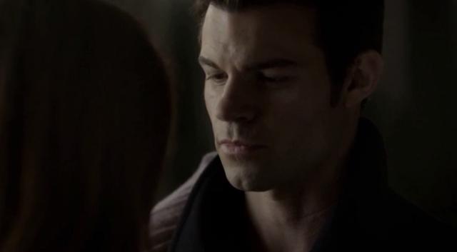 File:Hay-Elijah in 1x9.png
