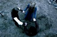 Vampire-diaries-season-3-ordinary-people-14