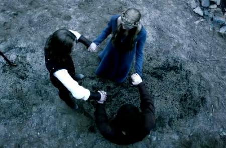 File:Vampire-diaries-season-3-ordinary-people-14.png