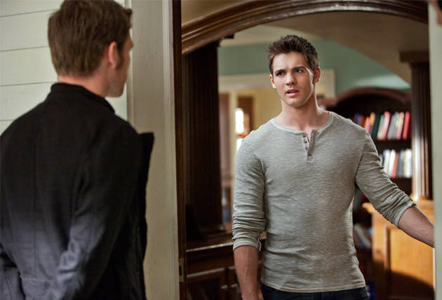 File:Vampire-diaries-before-sunset-jeremy-gilbert-and-klaus.jpg