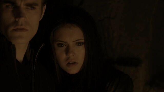 File:114VampireDiaries0900.jpg