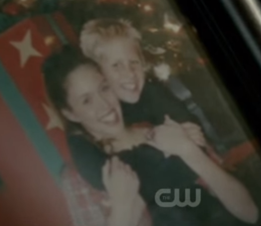 File:Vicky&matt2-young3x02.png