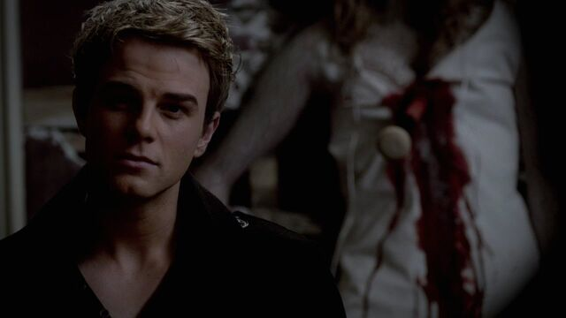 File:319VampireDiaries1118.jpg