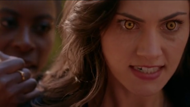 File:The Originals Season 3 Episode 10 A Ghost Along the Mississippi Hayley's wolf eyes.png