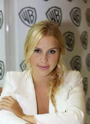 File:Claireholt1.png