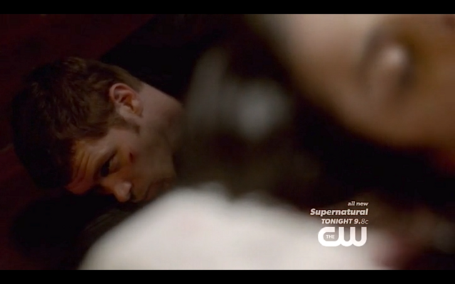 File:1x22-Klaus and Hayley dead.png