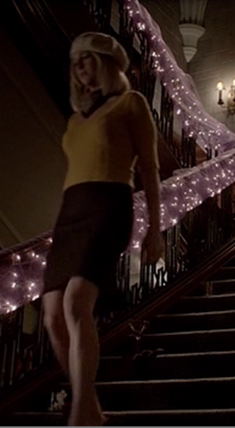 File:5x5 Caroline Forbes Monster's Ball.png