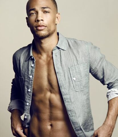 File:Kendrick Sampson -l (2).jpg