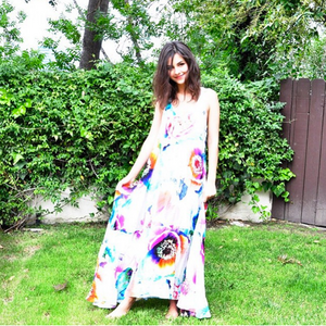 Victoria Justice Tie-Dye Floral Dress (Barefoot)