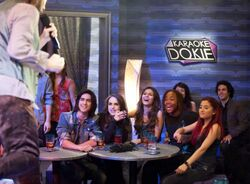 NICKELODEON-VICTORIOUS-FREAK-OUT-1-