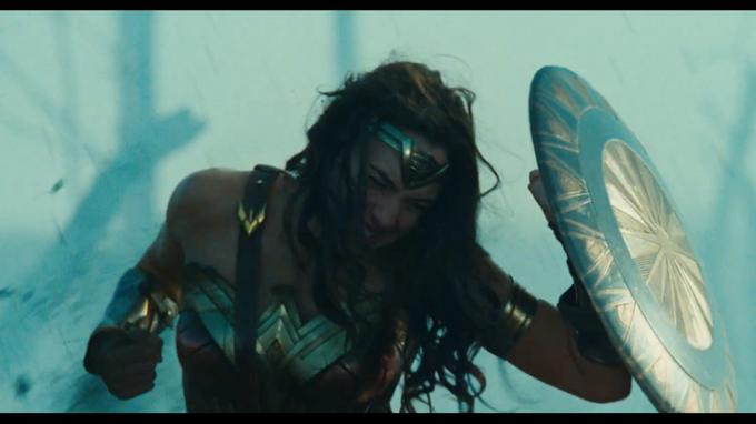 SDCC16 - Wonder Woman Comic-Con Trailer
