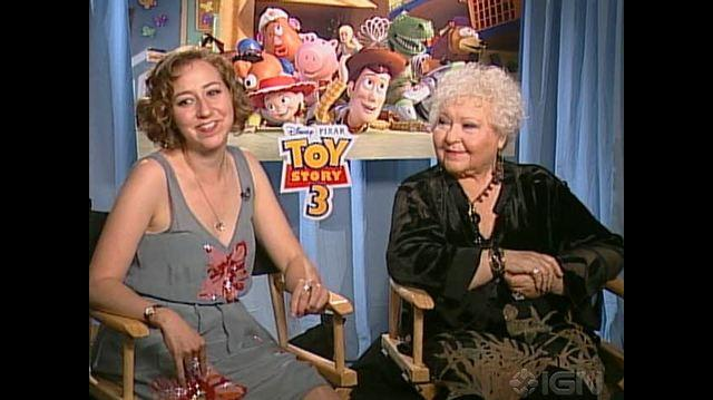 Toy Story 3 Movie - Kristen Schaal & Estelle Harris Chat