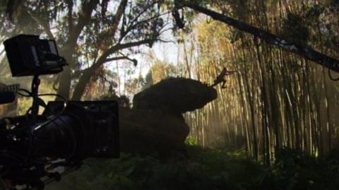 10,000 B.C. (2008) - Behind the scenes Rock Jump