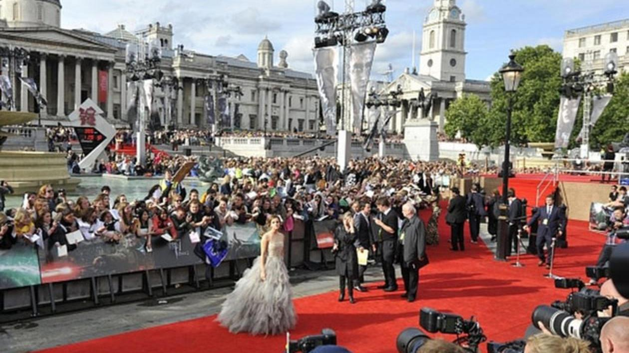 Harry Potter and the Deathly Hallows Pt.2 Premiere - Meet The Fans