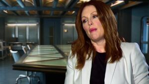Mockingjay Part 1 - Julianne Moore President Coin Interview